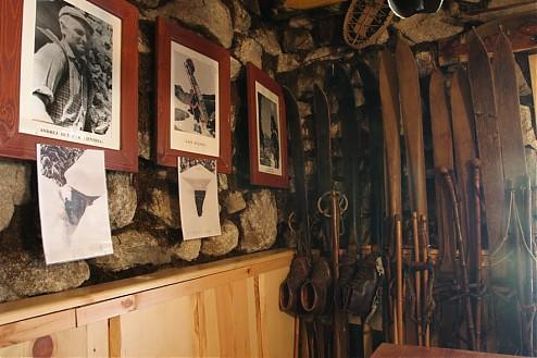 Rainerova chata, minimúzeum tatranských nosičov